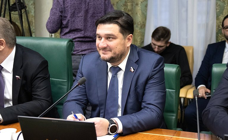 Алексей Коротков