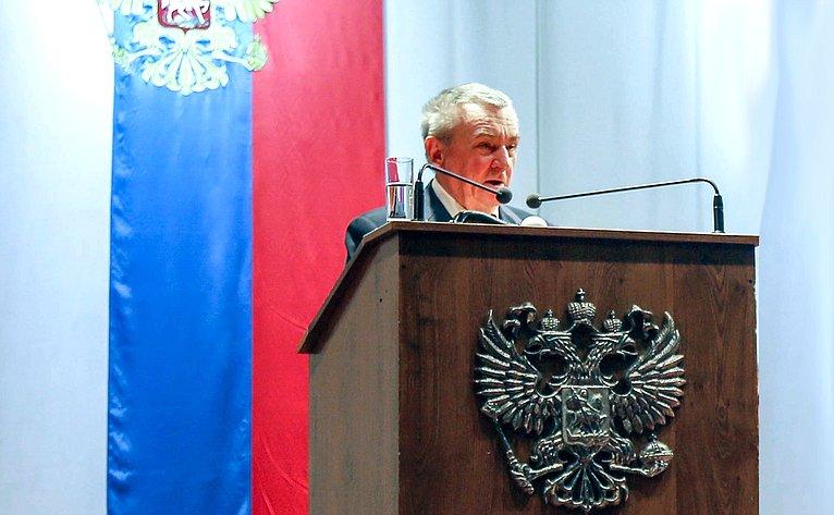 В. Бекетов принял участие вотчетном сборе Кубанского казачьего войска, прошедшем вКраснодаре