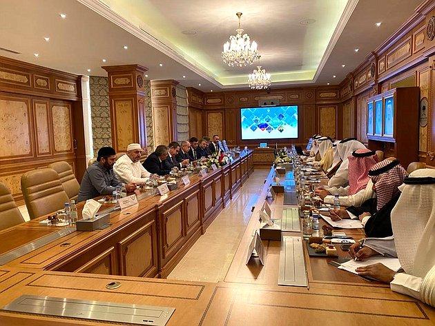 Визит делегации Совета Федерации воглаве сзаместителем Председателя СФ Ильясом Умахановым вКоролевство Саудовская Аравия