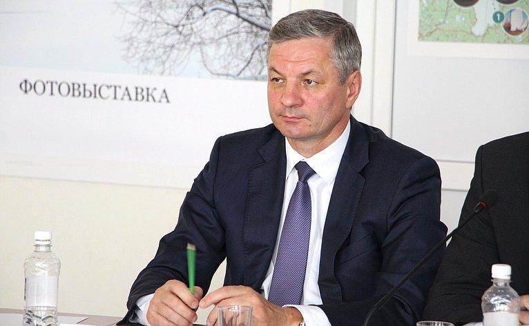 А. Луценко