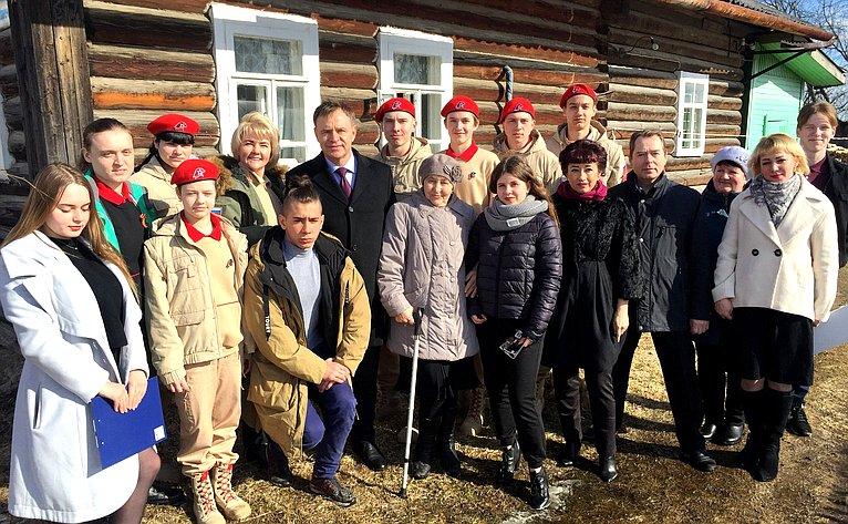 Виктор Новожилов принял участие вакции «Дом созвездой»