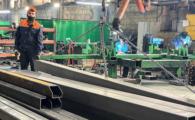 Сенаторы посетили АО Алтайский завод сельскохозяйственного машиностроения