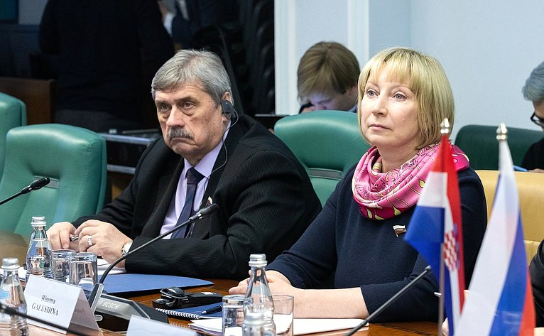 Михаил Козлов иРимма Галушина
