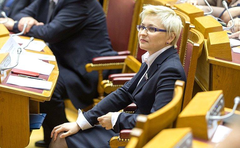 Заместитель Председателя Комитета СФ поконституционному законодательству игосударственному строительству Людмила Бокова