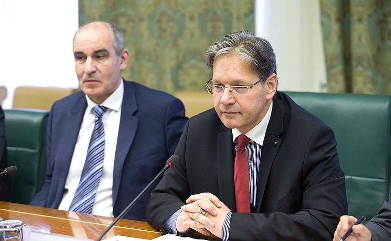 Встреча А. Кутепова спредседателем Комитета Государственного собрания Венгрии повопросам юстиции И. Вейкеем