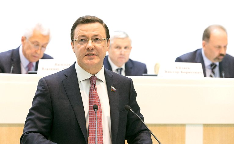 Д. Азаров назаседании Совета поМСУ при СФ иСовета поМСУ при Председателе Госдумы