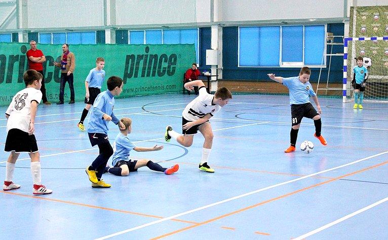 Сергей Леонов посетил соревнования помини-футболу «Детская международная лига звезд»