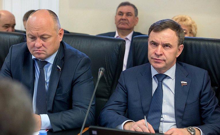 Алексей Кондратенко иВиктор Новожилов