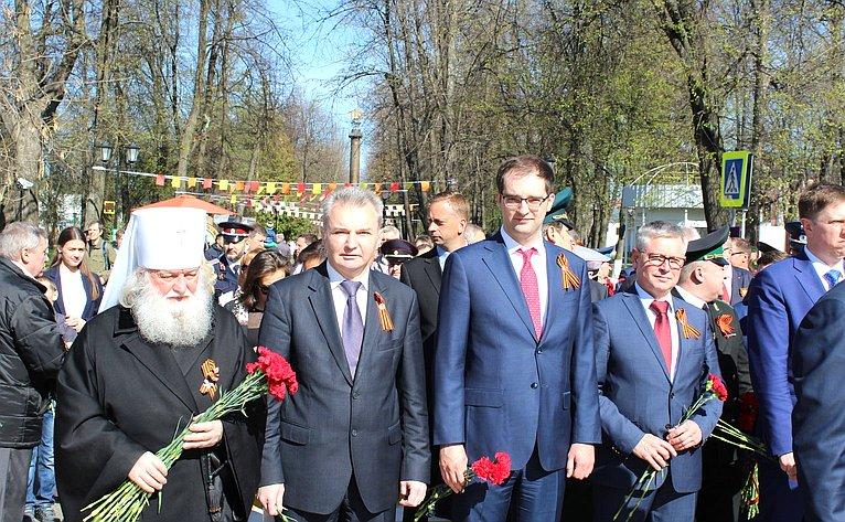 Игорь Каграманян посетил ветеранов, тружеников тыла, героев России, которые проходят лечение вЯрославском областном клиническом госпитале ветеранов войн