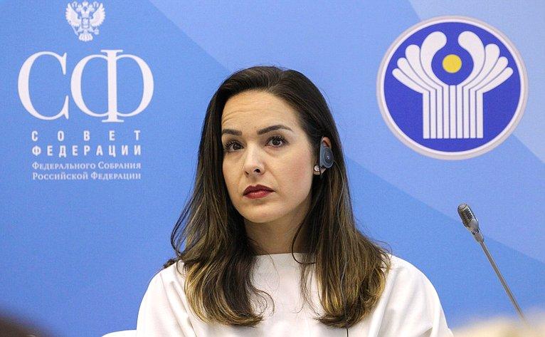 Петербургская встреча– открытое заседание «Женской двадцатки» врамках Второго Евразийского женского форума