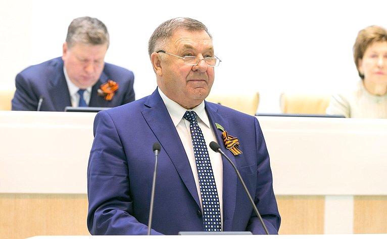 Глава Парламента Адыгеи В. Нарожный