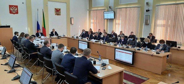 Баир Жамсуев входе рабочей поездки врегион принял участие всовещании повопросам социально-экономического развития Забайкальского края