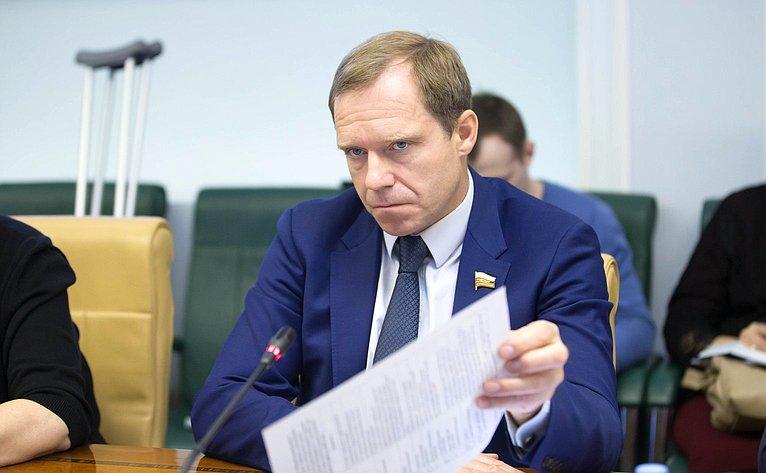 Андрей Кутепов