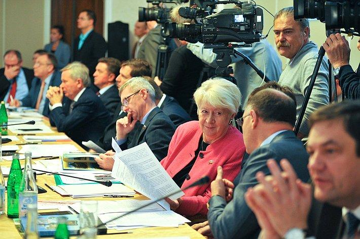 Совместное выездное заседание комитетов СФ посоциальной политике, побюджету ифинансовым рынкам, пофедеративному устройству, региональной политике, местному самоуправлению иделам Севера натему «Комплексное развитие города-курорта Кисловодска»