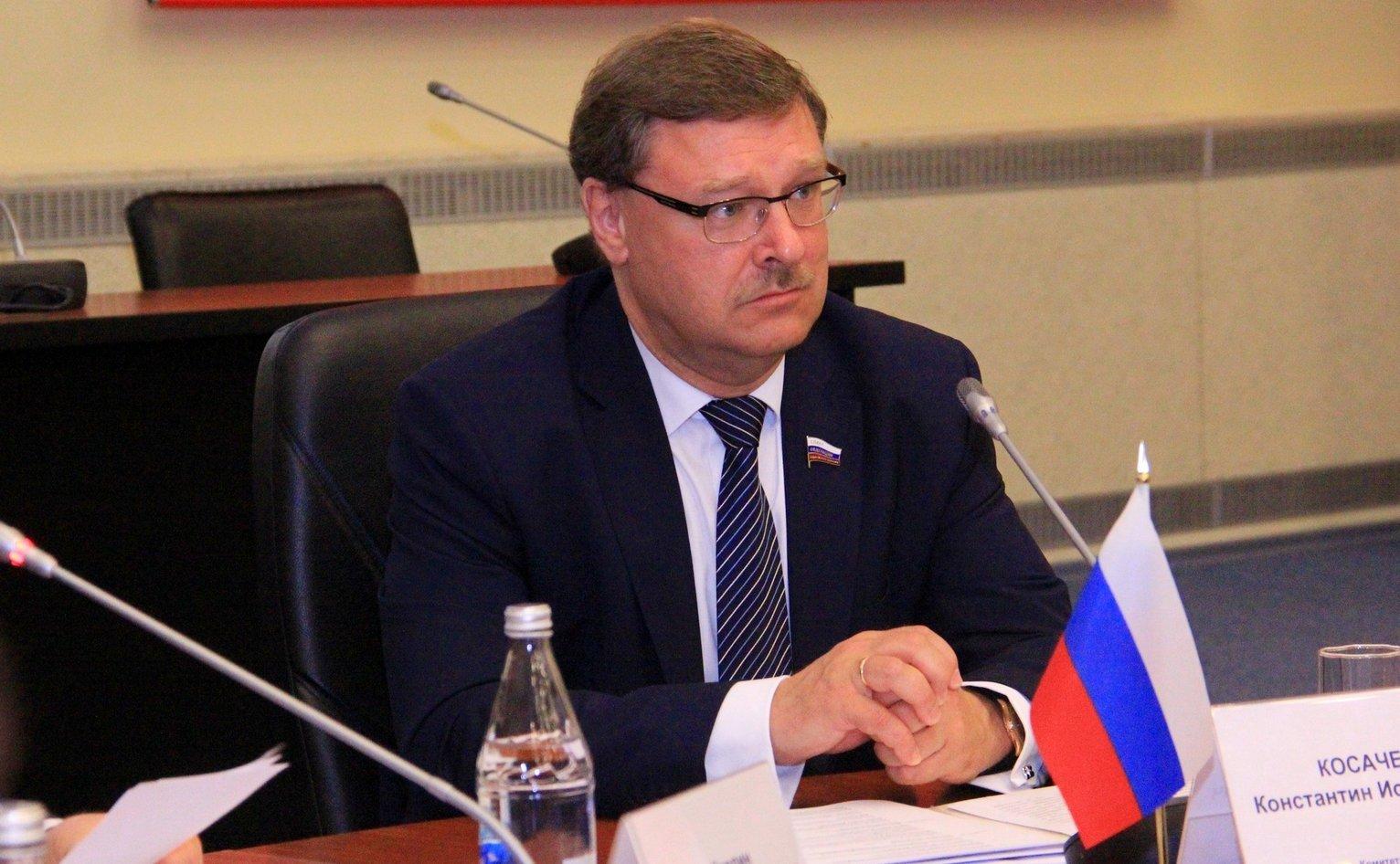 Косачев поставил окончательный диагноз: Порошенко лишился здравого смысла