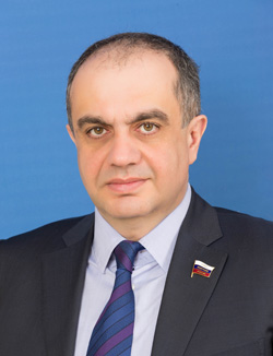 Суюнчев Мурат Ханафиевич