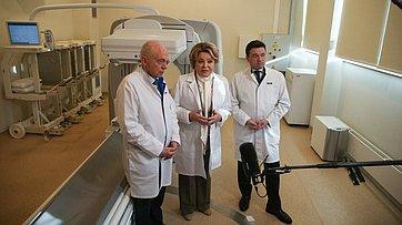 Брифинг Валентины Матвиенко входе посещения Института ядерной медицины вМосковской области