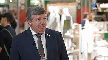 В. Семенов оЧетвертом форуме регионов России иБеларуси