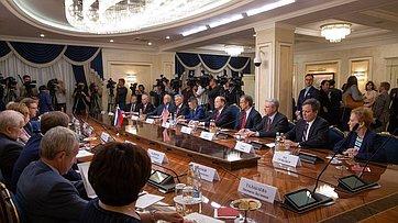 Встреча членов Комитета СФ помеждународным делам сделегацией Конгресса США. Запись трансляции от3июля 2018г