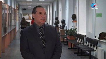 Знакомьтесь, сенатор Алексей Александров. Передача телеканала «Вместе-РФ»