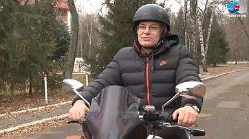 Знакомьтесь, Владимир Круглый. Передача телеканала