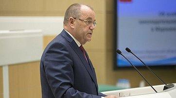Входе «Часа субъекта» вСФ выступил председатель Мурманской областной Думы С. Дубовой