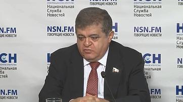 Владимир Джабаров принял участие впресс-конференции натему: «Кому достанутся Курилы?» впресс-центре информационного агентства «Национальная Служба Новостей»