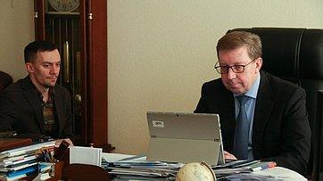Онлайн-брифинг председателя Комитета СФ поаграрно-продовольственной политике иприродопользованию Алексея Майорова