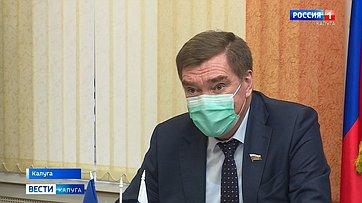 Наличном приеме Александра Савина нашли конкретные пути решения проблем жителей Калужской области