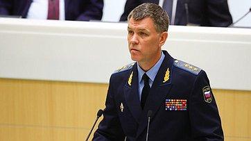 ВСовете Федерации выступил директор Федеральной службы судебных приставов— главный судебный пристав РФ Д.Аристов