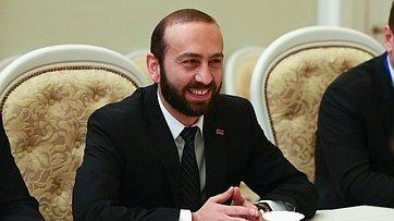 Встреча В.Матвиенко сПредседателем Национального собрания Республики Армения А.Мирзояном