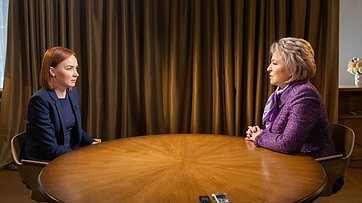 В. Матвиенко: Я противник изменения основополагающих статей Конституции. Интервью Председателя СФ телеканалу «Россия 24»