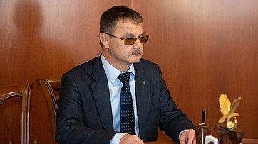 Встреча В.Матвиенко ссотрудником Аппарата СФ М.Бочкаревым, освобожденным после ареста вНорвегии