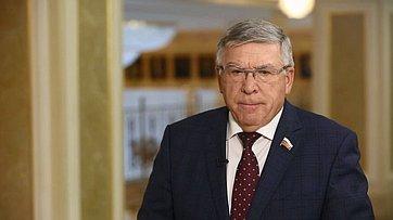 Комментарий Валерия Рязанского поитогам встречи Президента РФ ссенаторами