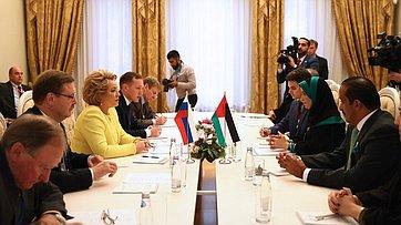 Встреча В. Матвиенко сПредседателем Федерального национального совета ОАЭ Амаль Аль-Кубейси