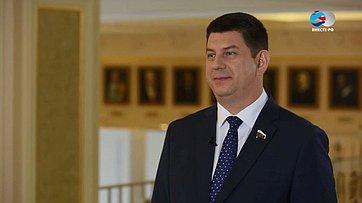 В. Смирнов овнесении законопроекта оразрешении иностранным студентам наработу