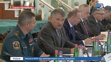 Ю. Воробьев: Спасатели должны оставаться вне политики