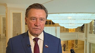 Комментарий Сергея Рябухина поитогам встречи Президента РФ ссенаторами
