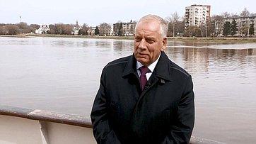 Знакомьтесь, сенатор Сергей Митин. Передача телеканала «Вместе-РФ»