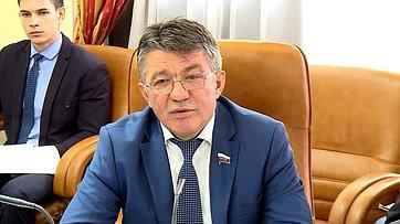 В. Озеров облоке антикоррупционных законов