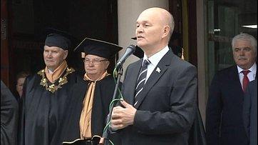М. Щетинин поздравил студентов Алтайского Государственного Технического университета сДнем знаний