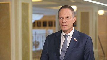 Комментарий Александра Башкина поитогам встречи Президента РФ ссенаторами