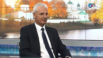 Председатель Псковского областного собрания депутатов А. Котов ореформе местного самоуправления изаконодательной работе