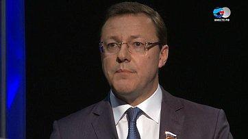Д. Азаров осовершенствовании системы МСУ впередаче телеканала «Вместе-РФ» Ключевой вопрос