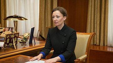 Встреча Председателя СФ В.Матвиенко сУполномоченным поправам ребенка А.Кузнецовой