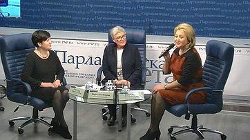 Лилия Гумерова провела «круглый стол» натему «Естьли благотворительность вРоссии?» врамках своего авторского проекта «Семья идети» впресс-центре «Парламентской газеты»