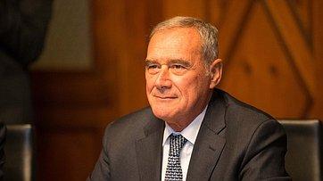 В. Матвиенко провела встречу сПредседателем Сената Парламента Италии П.Грассо