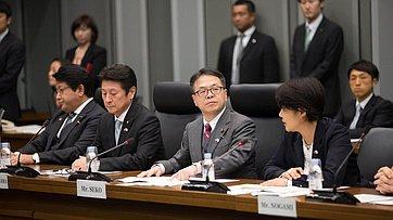Встреча делегации СФ сГосударственным министром поэкономическому сотрудничеству сРоссией Х.Сэко