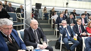 Презентация ежегодного доклада Интеграционного клуба натему «Будущее Евразийского экономического союза: цифровая трансформация имолодежь». Запись трансляции от30января 2020года