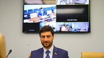«Круглый стол» натему «Орегулировании отдельных вопросов, связанных собращением лома иотходов цветных металлов вРоссийской Федерации» вформате видеоконференции. Запись трансляции от6июля 2020года